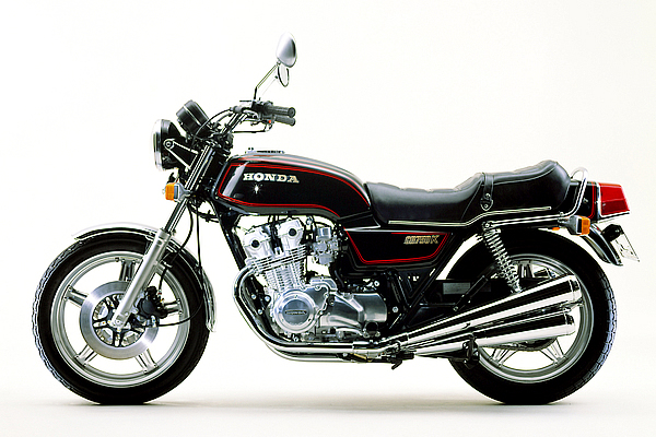 restored honda cb750kz photographs at classic bikes. Black Bedroom Furniture Sets. Home Design Ideas