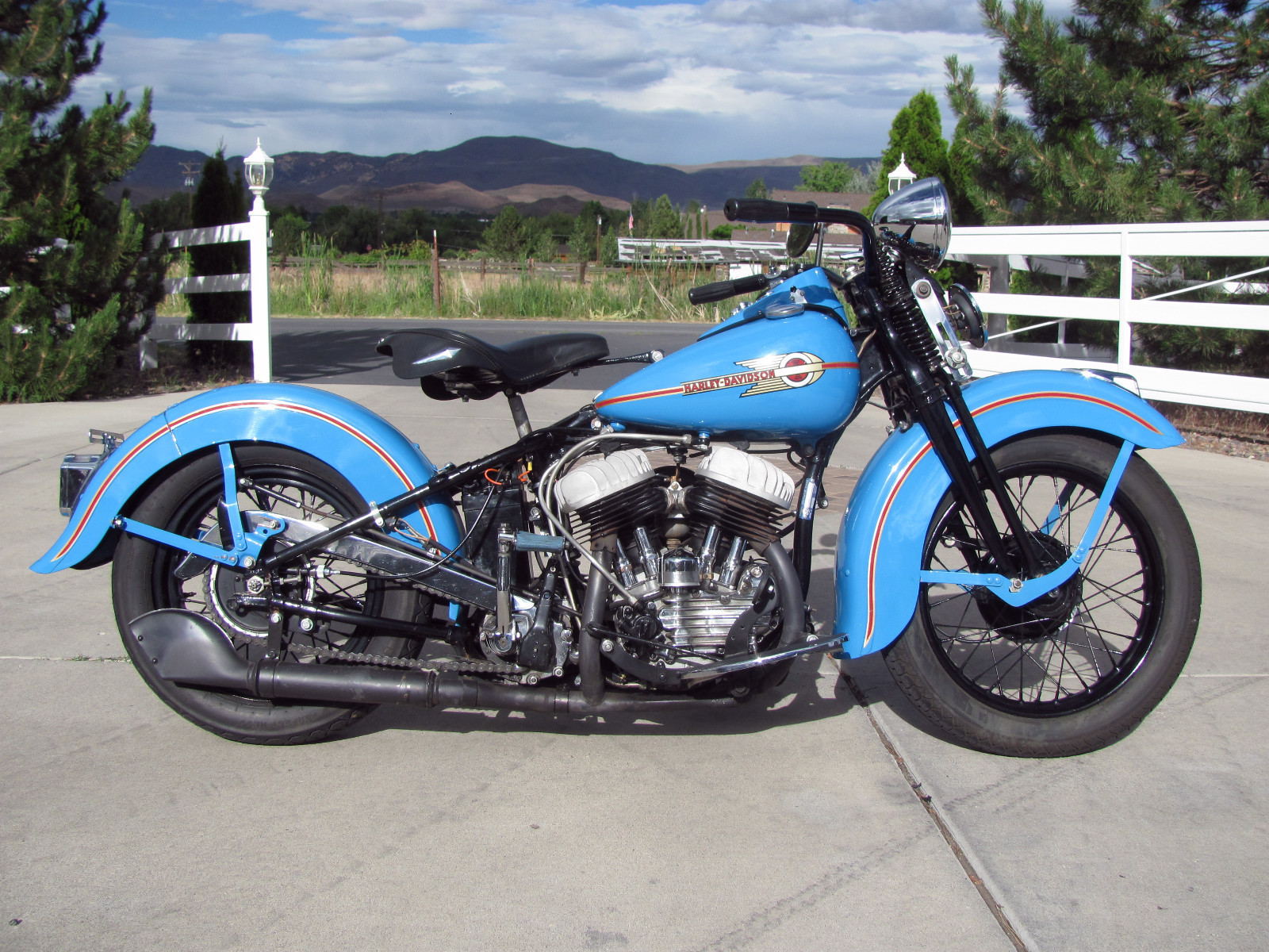 restored harley davidson wl45 flathead 1938 photographs. Black Bedroom Furniture Sets. Home Design Ideas