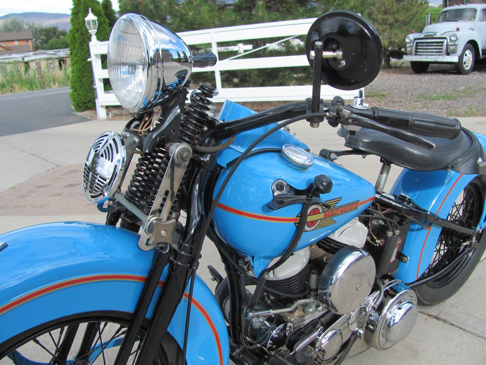 Harley Davidson WL45 Flathead - 1938 .