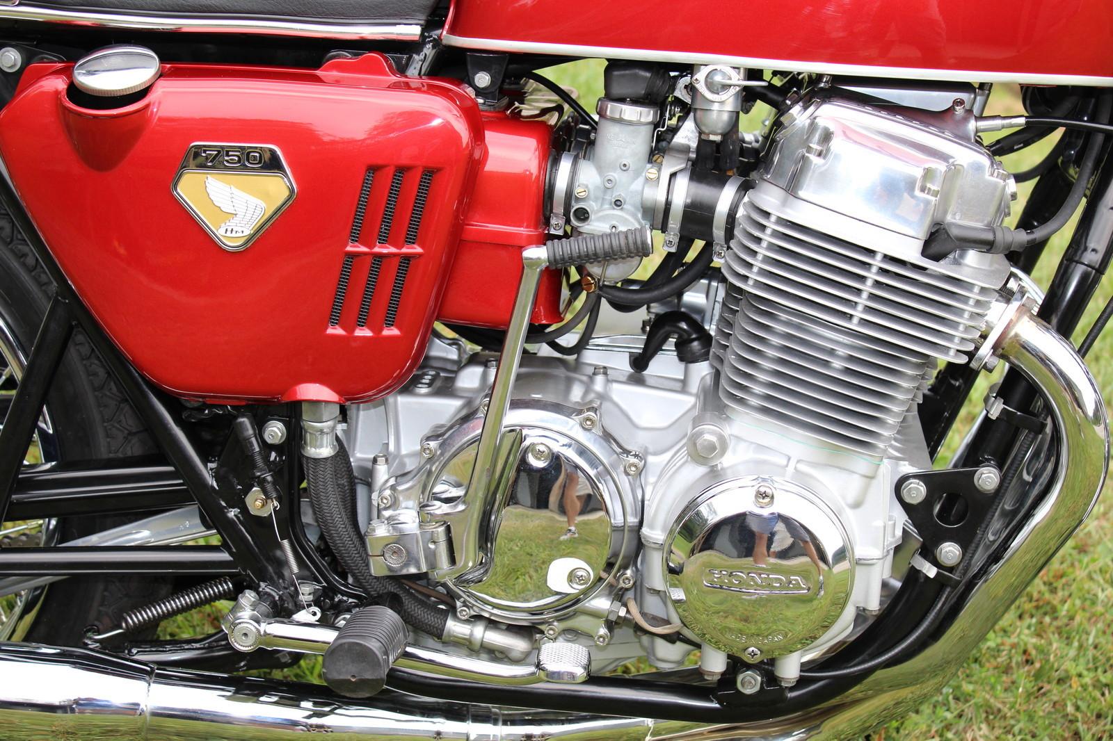 Honda CB750 - 1975