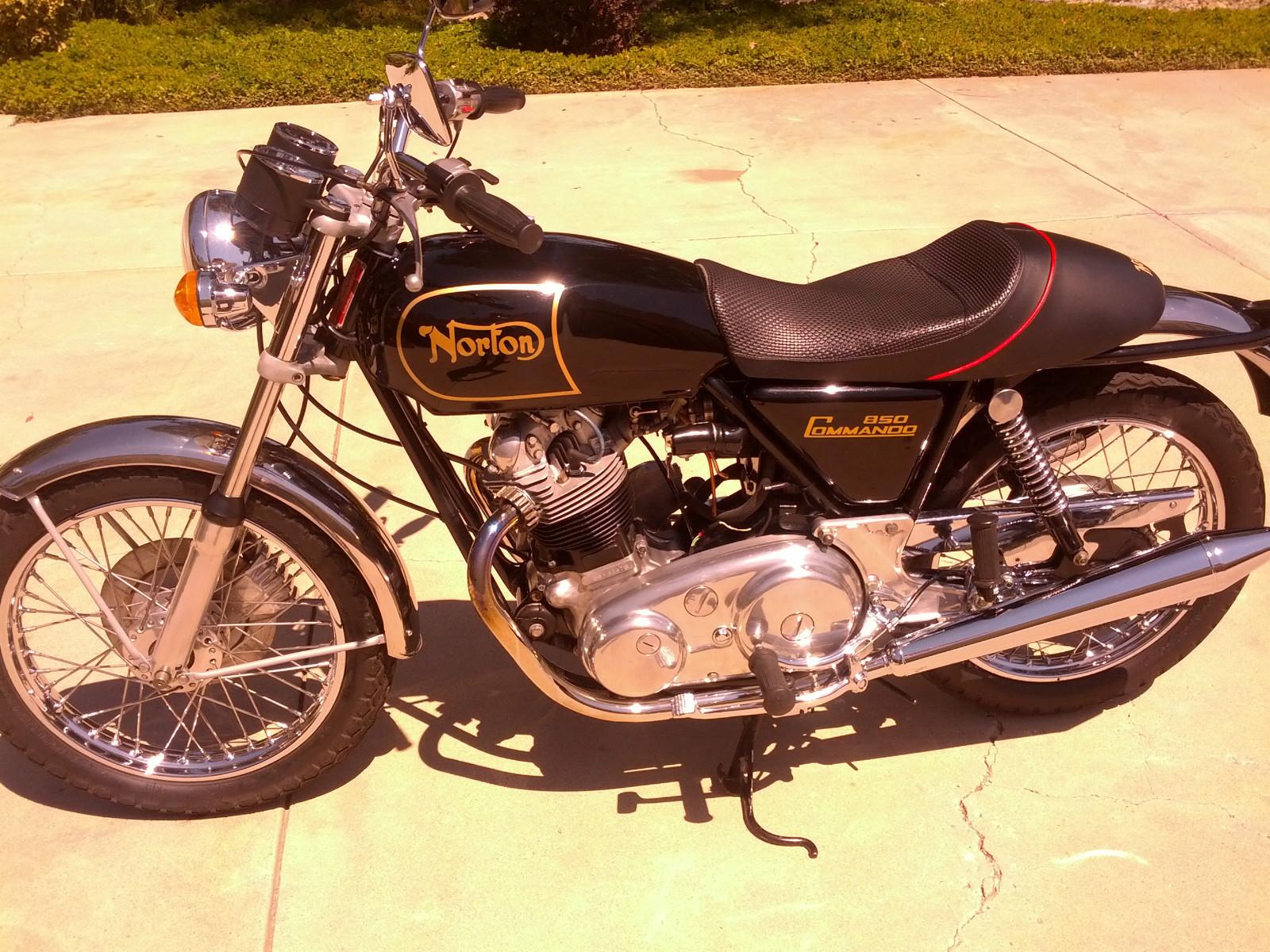 Norton Commando 850 - 1974