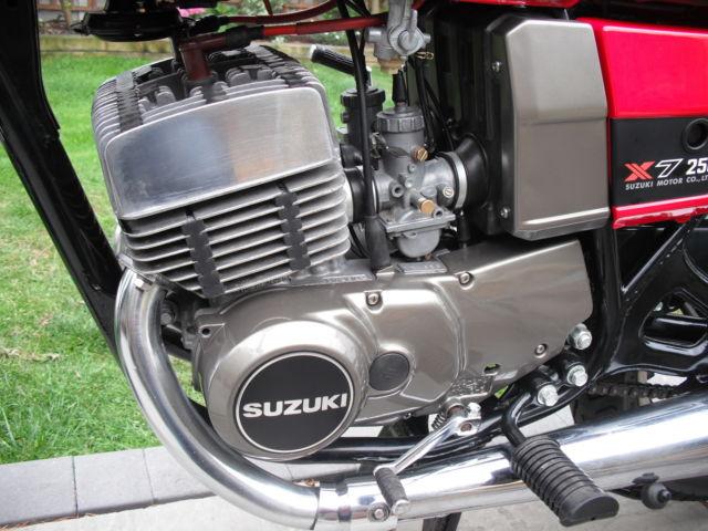 Suzuki GT250X7 -1979