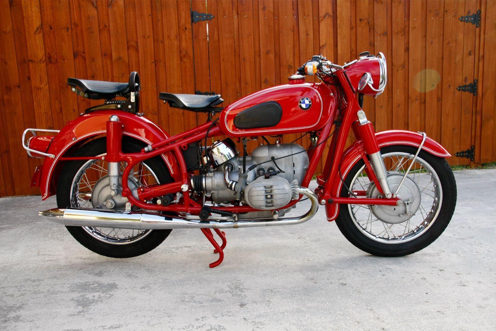 restored bmw r60 2 1966 photographs at classic bikes. Black Bedroom Furniture Sets. Home Design Ideas