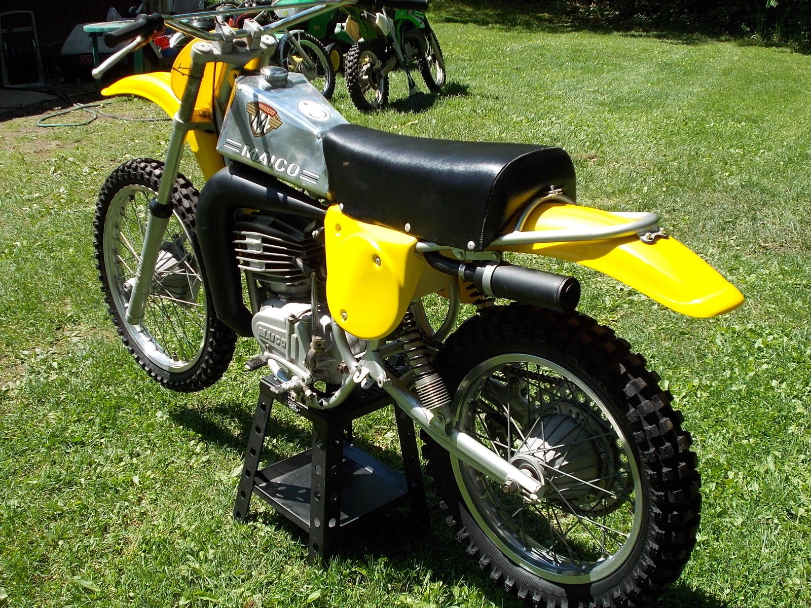 restored maico 250aw 1976 photographs at classic bikes. Black Bedroom Furniture Sets. Home Design Ideas