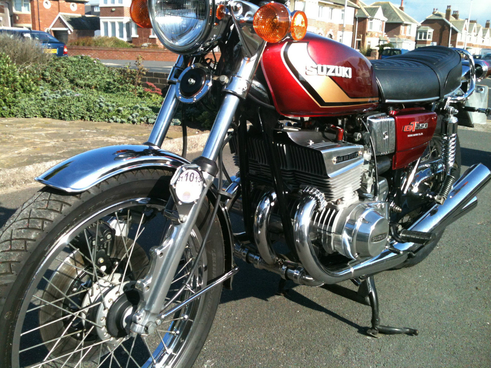 Restored Suzuki Gt550 1976 Photographs At Classic Bikes