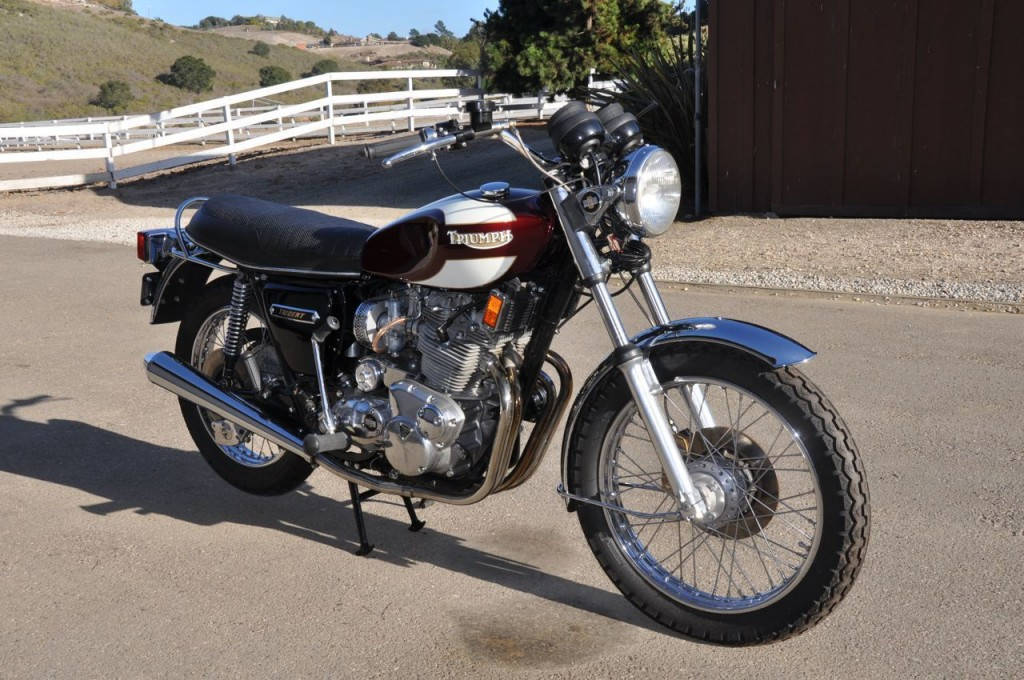 Restored Triumph Trident T160 1975 Photographs At