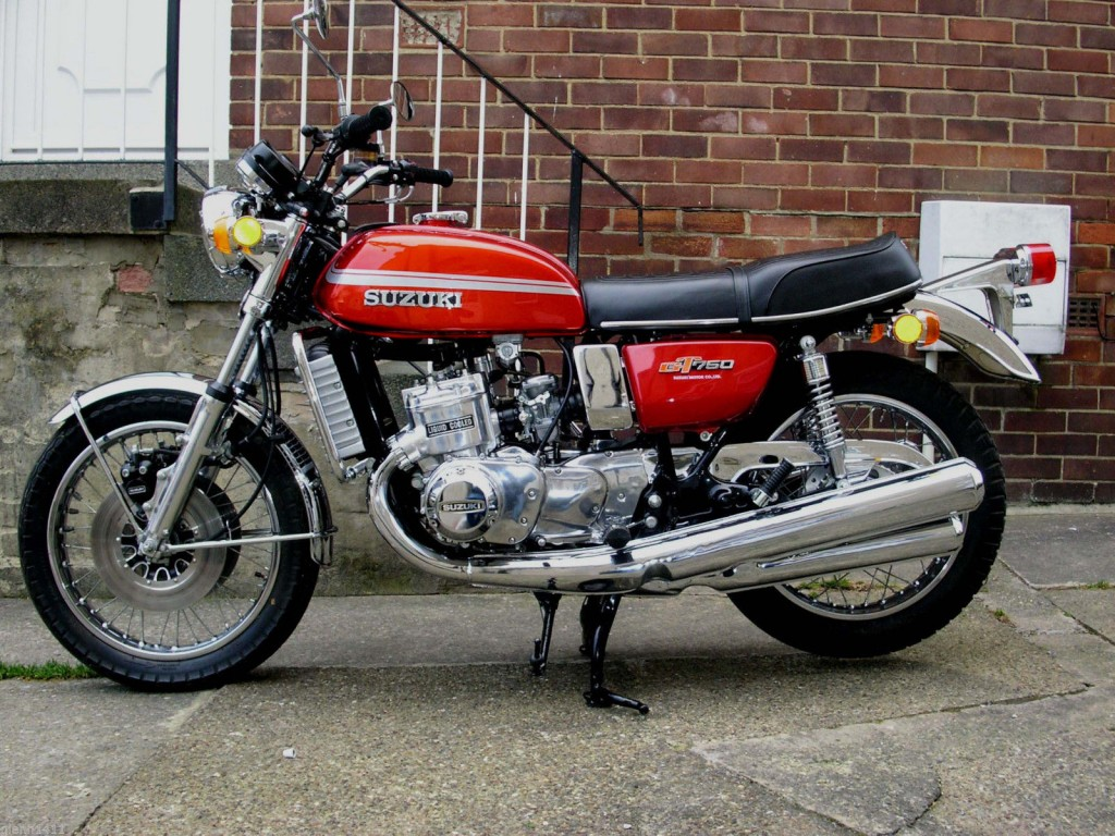 suzuki gt750m 1975 restored classic motorcycles at. Black Bedroom Furniture Sets. Home Design Ideas