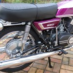 Yamaha YR5 - 1972 - Swing Arm, Shock Absorber, Rear Hub, Muffler, Seat Cover and Rear Fender.