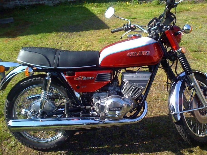Suzuki GT250K - 1973