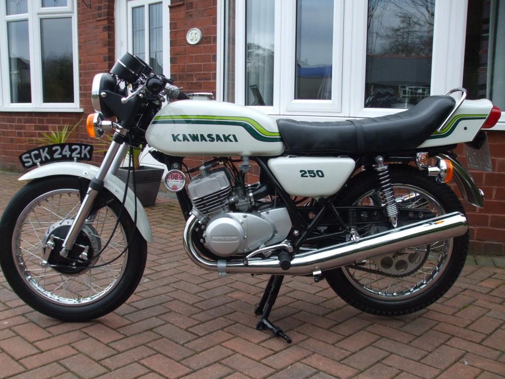 Restored Kawasaki S1 250 1972 Photographs At Classic Bikes Restored Bikes Restored