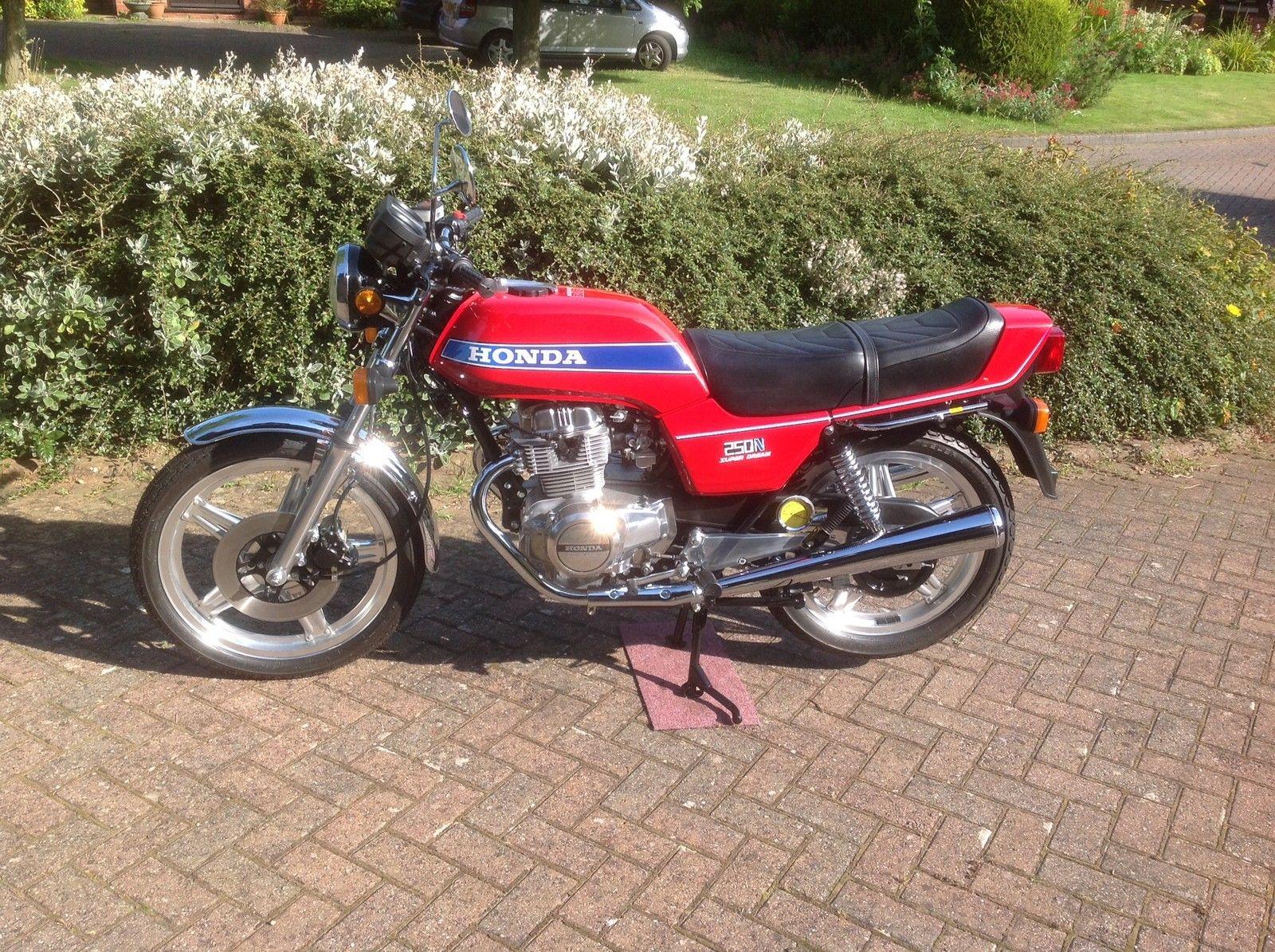Restored Honda CB250N Superdream - 1979 Photographs at ...