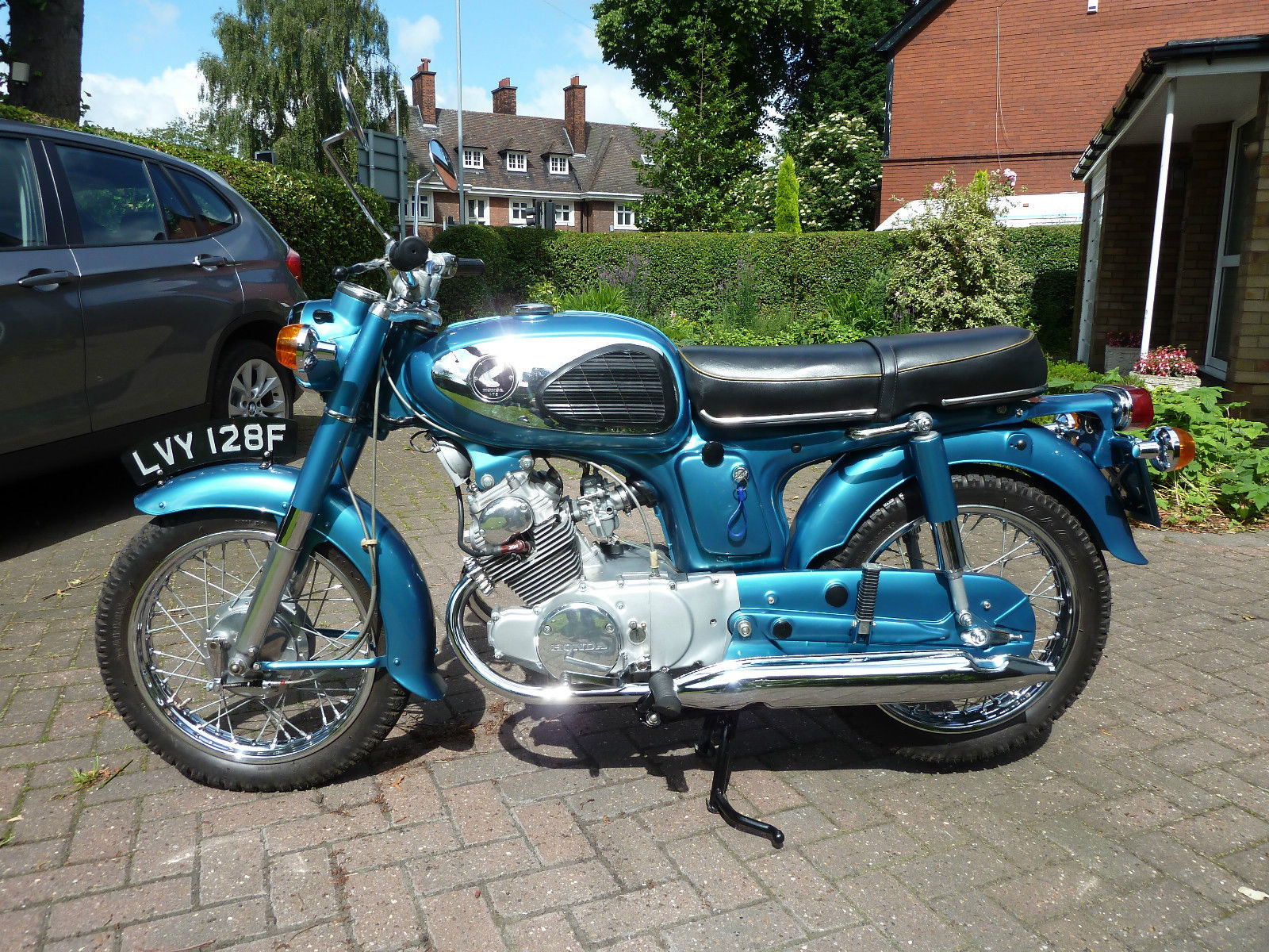 Restored Honda Cd175 1967 Photographs At Classic Bikes