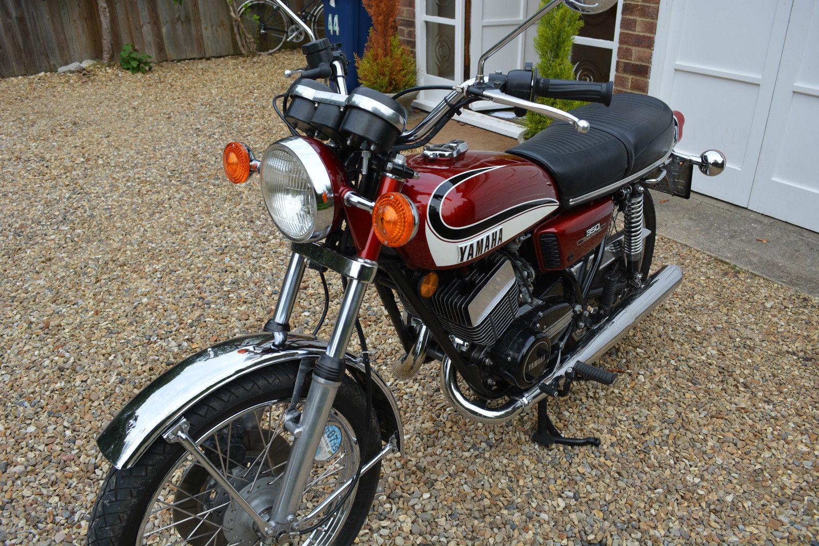 Restored Yamaha RD350 - 1975 Photographs at Classic Bikes