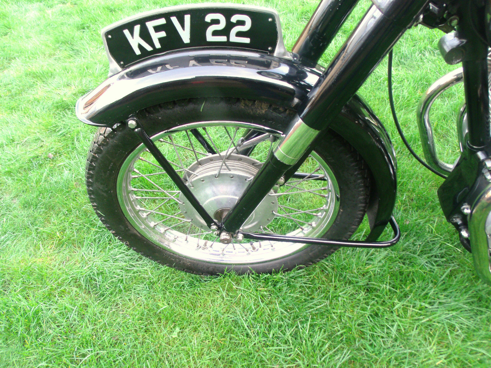 Ariel Square 4 - 1955 - Number Plate, Front Wheel, Front Hub and Fender.