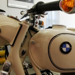 BMW R27 - 1966 - BMW Badge, Fuel Tank, Handlebar and Flasher.