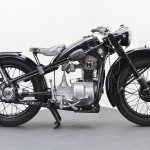 BMW R35 - 1948 - Right Side View, Frame, Gas Tank, Seat and Engine.