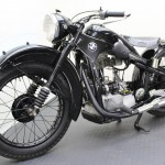 BMW R35 - 1948 - Front Wheel, Front Forks and Mudguard.