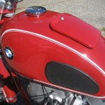 BMW R60 - 1969 - Gas Tank, BMW Badge and Gas Cap.