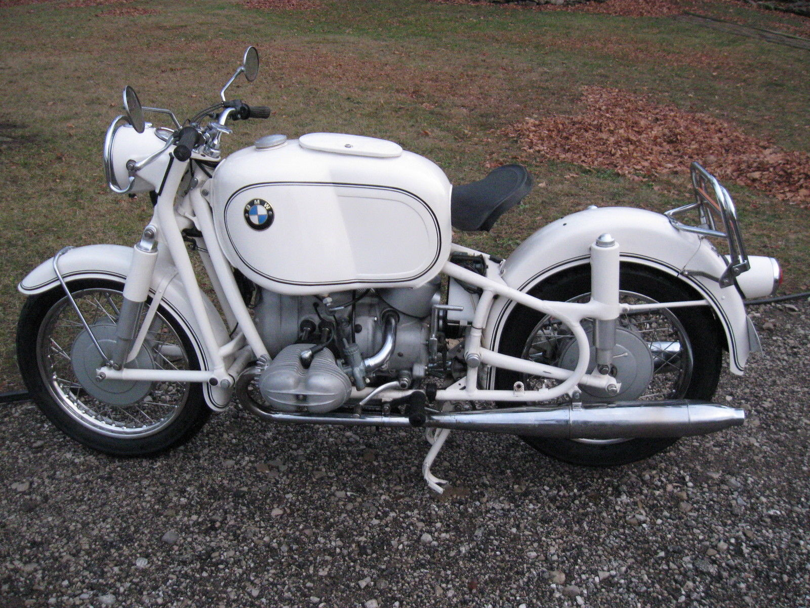 BMW R69S - 1966 - Frame, Gas Tank and Seat.