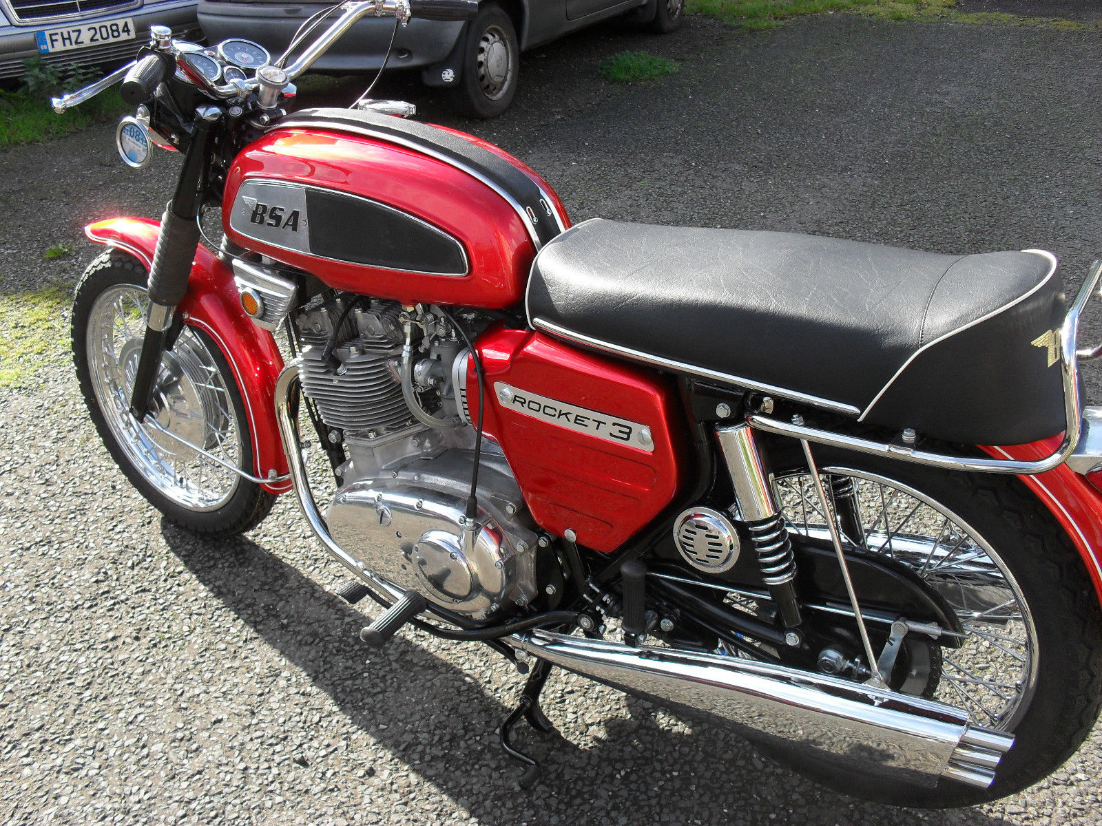BSA Rocket 111 - 1969 - Left Side View, Fuel Tank, Seat and Side Panel.
