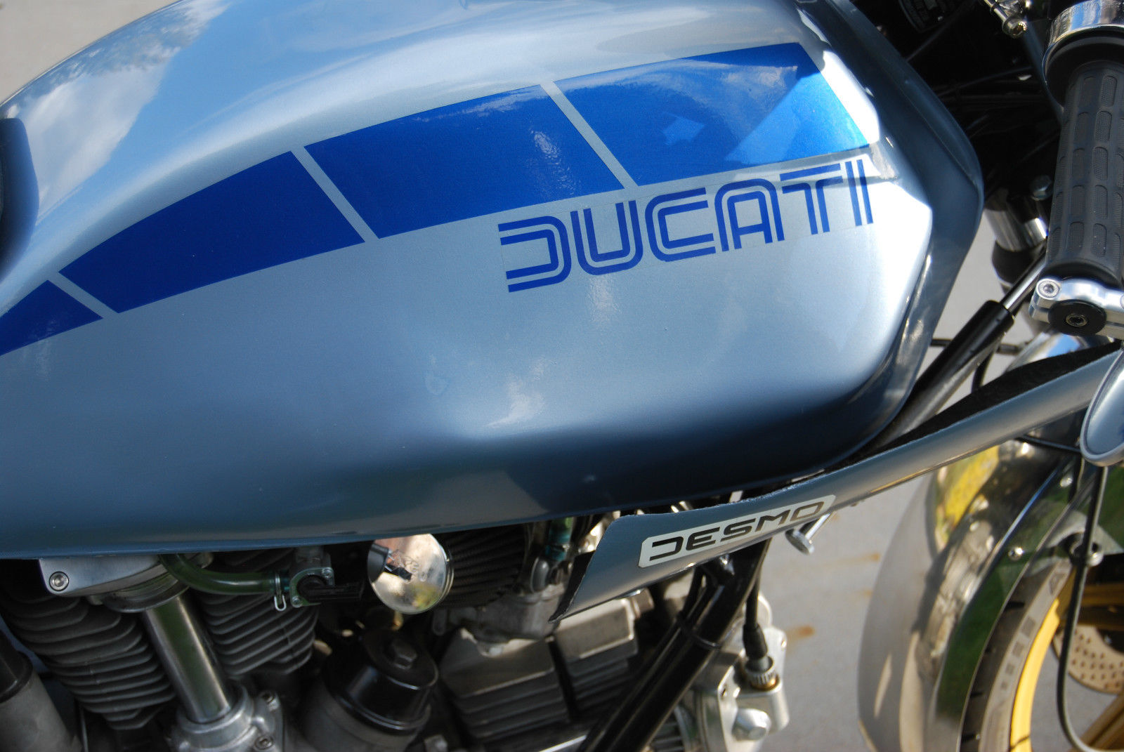 Ducati Darmah - 1980 - Gas Tank, Steering Damper, Grip and Mirror.