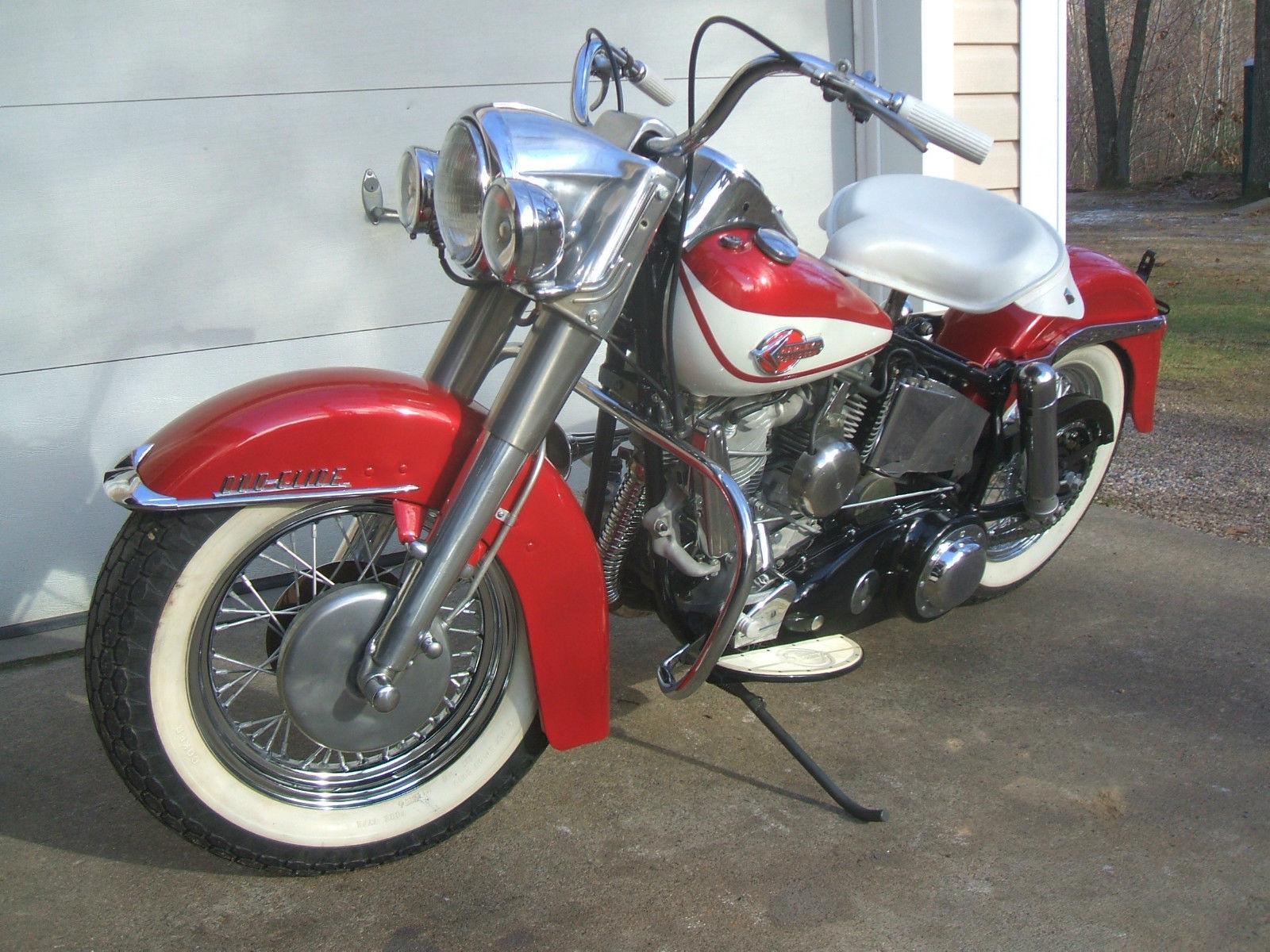 Harley-Davidson Panhead - 1960 - Forks, Wheel, Fender and Lights.