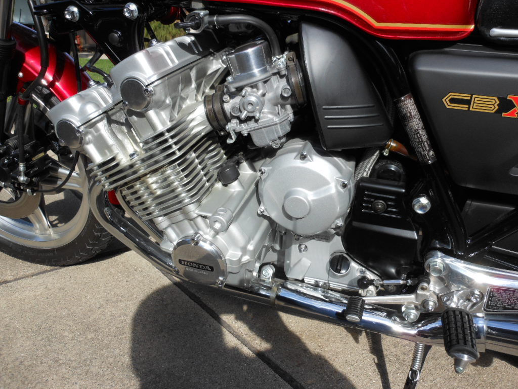 Honda CBX - 1979 - Six Cylinder Engine, Carburettors and Headers.