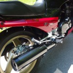 Kawasaki GPZ900R - 1989 - Rear Wheel, Muffler, Rear Footrest, Side Panel and Rear Brake.