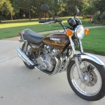 Kawasaki KZ900 - 1976 - Front Wheel, Fender, Headlight and Exhaust Pipes.