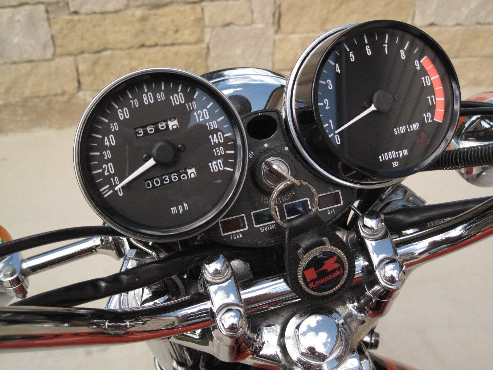 Kawasaki Z1 - 1973 - Clocks, Speedo, Tacho, Ignition Switch and Lights.