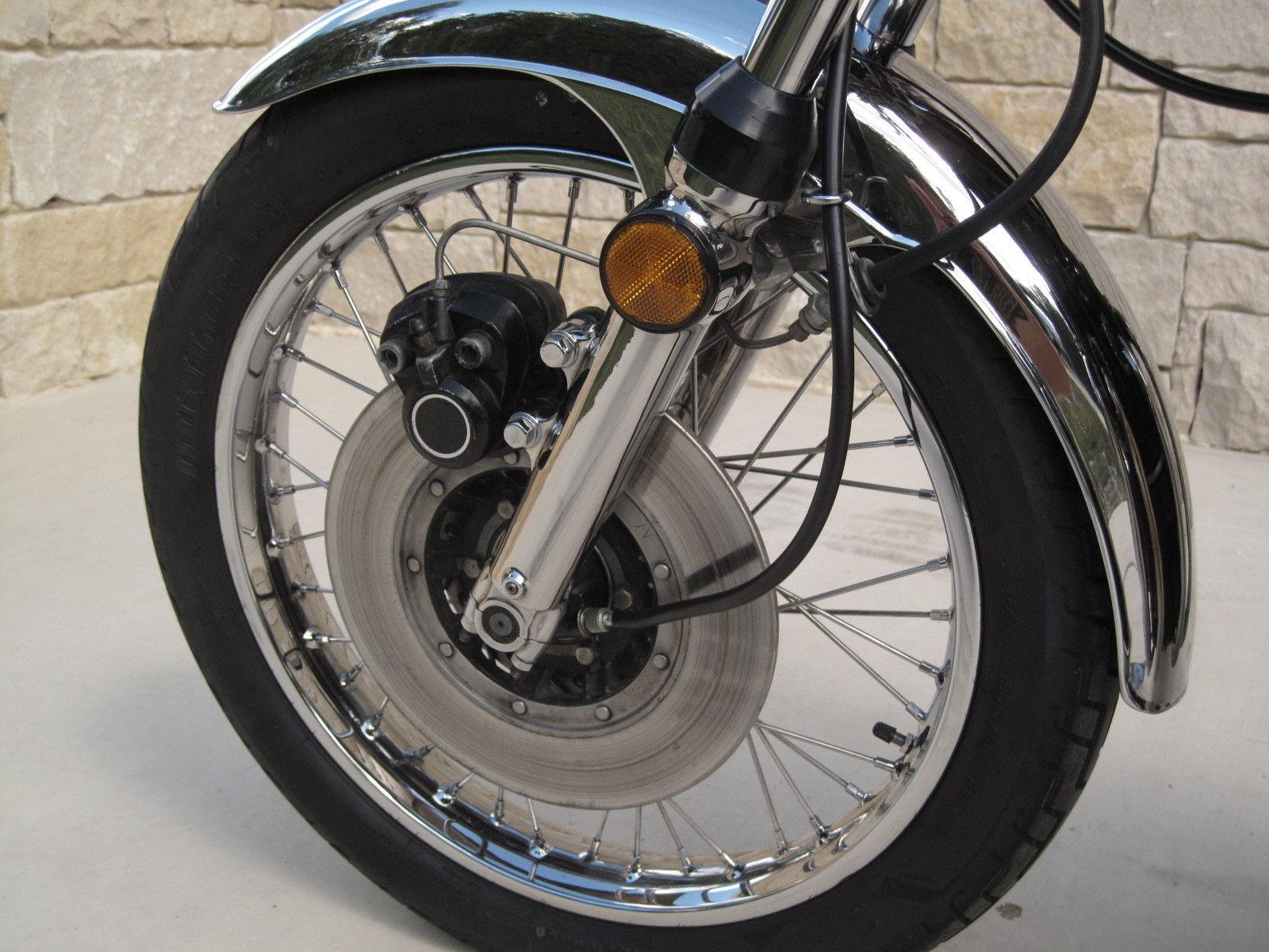 Kawasaki Z1 - 1973 - Front Wheel, Forks, Brake and Reflector.