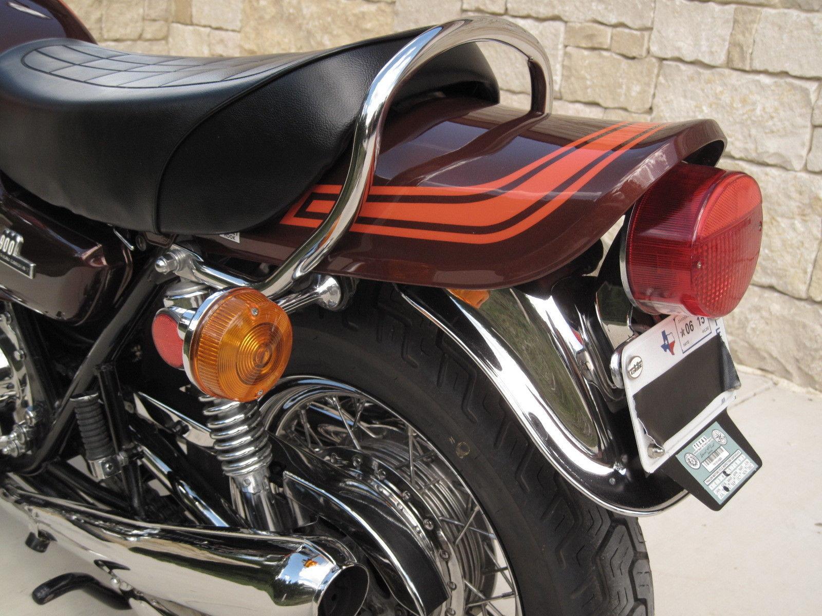 Kawasaki Z1 - 1973 - Tail Piece, Rear Mudguard, Rear Light and Indicator.