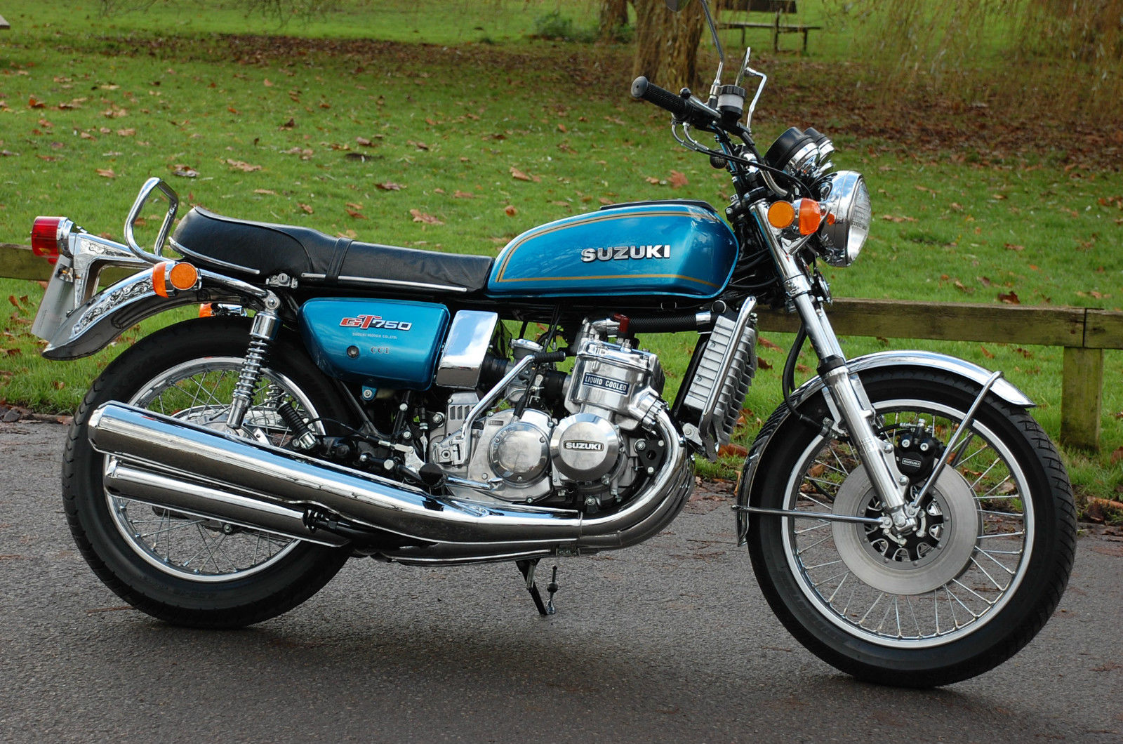Suzuki GT750 - 1975 - Kettle, Water Buffalo, Engine Points Cover, Radiator and Exhaust.