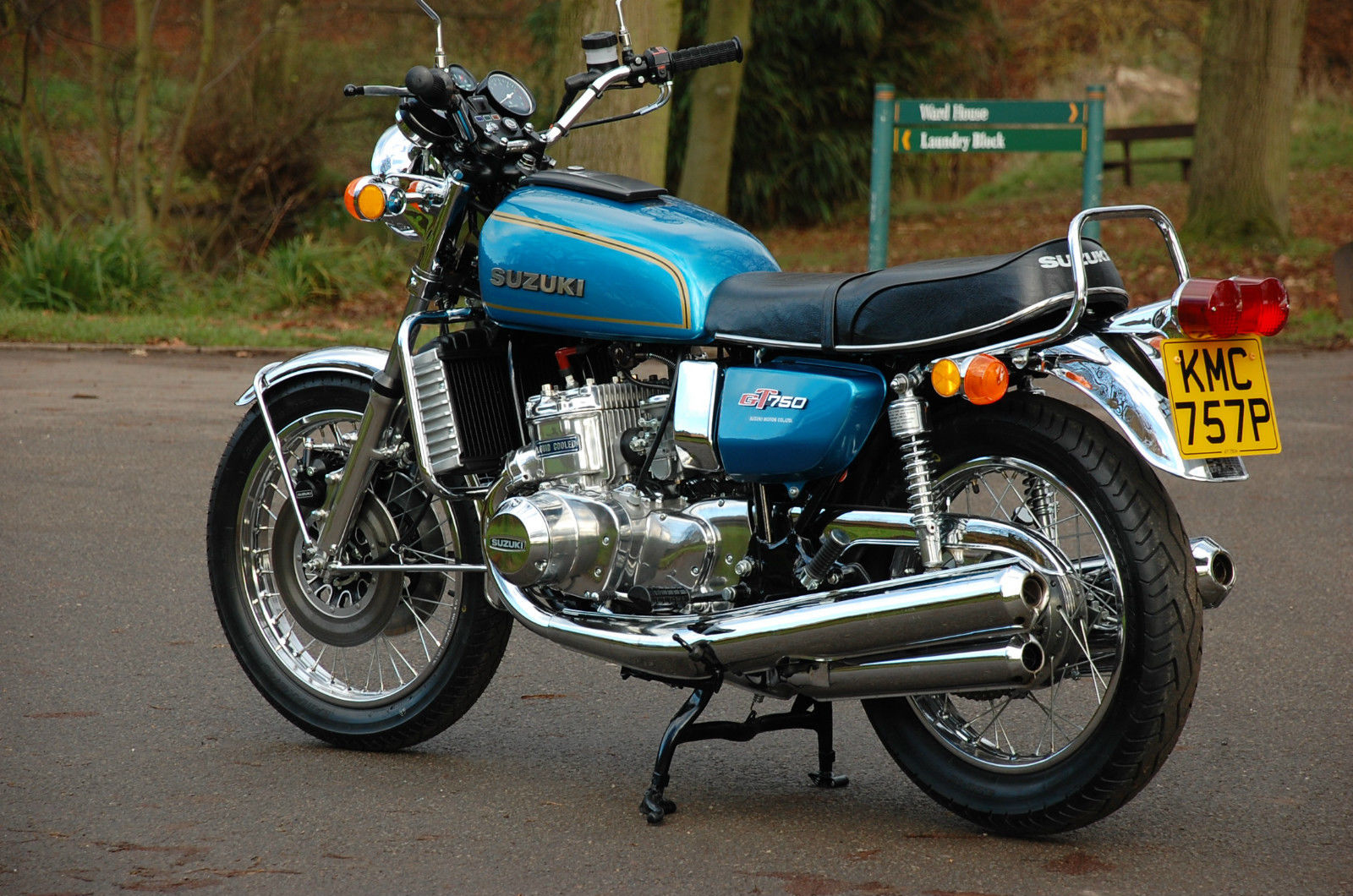 Suzuki GT750 - 1975 - Kettle, Water Buffalo, Fuel Tank, Seat, Engine and Exhausts.
