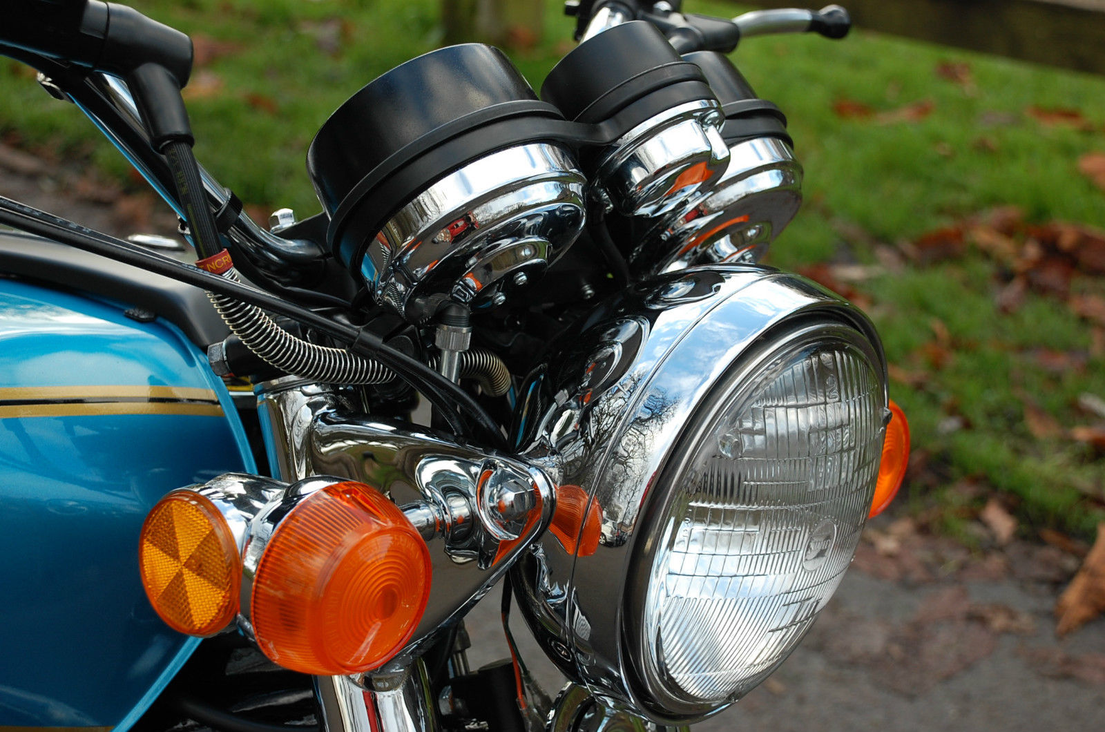 Suzuki GT750 - 1975 - Headlight, Indicator, Clocks and Reflector.