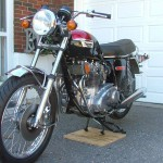 Triumph Trident T140V - 1973 - Disc Brake, Indicators, Clutch Lever and Reflector.