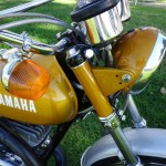 Yamaha DT250 - 1972 - Flasher, Handlebar and Clocks.