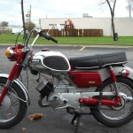 Yamaha YA6 - 1966 - Engine and Gearbox, Frame, Seat ans Side Panel.