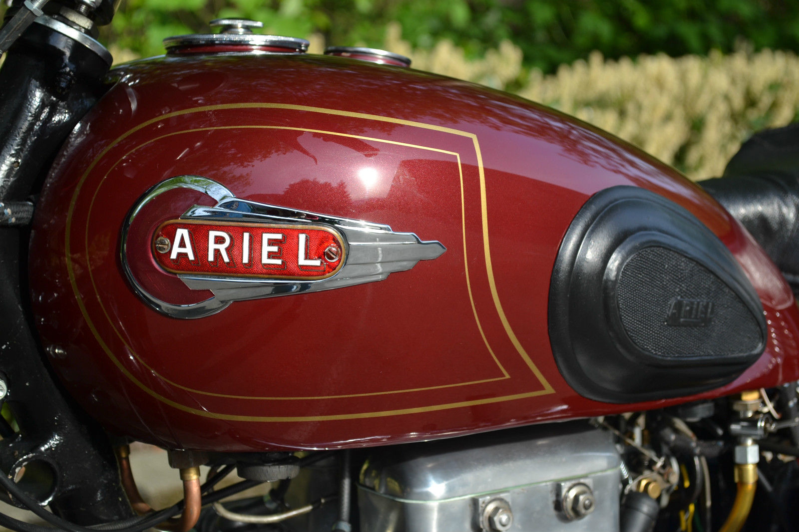 Ariel Square Four - 1952 - Ariel Tank Badge and Fuel Tank.
