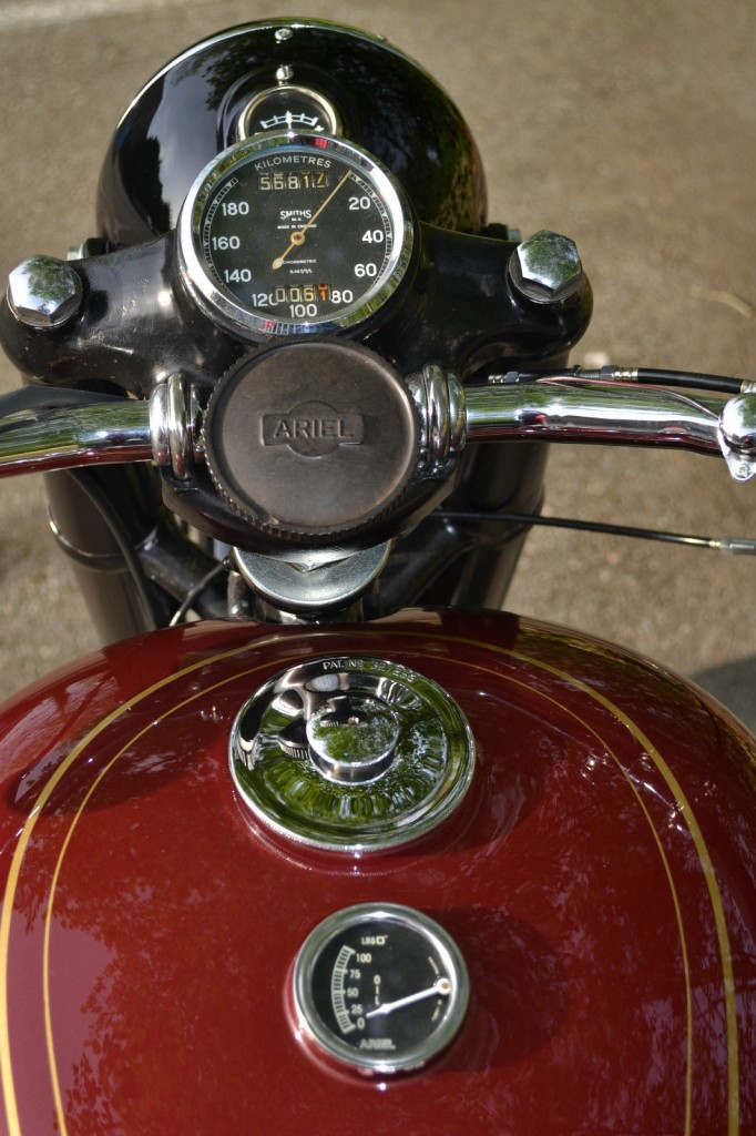 Ariel Square Four - 1952 - Steering Damper, Gas Cap, Clock, Speedo and Forks.