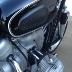 BMW R60/2 - 1967 - Knee Pad, Pin Stripes, Push Rod Tubes and Engine.