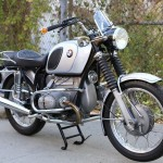 BMW R75/5 - 1971 - Front Wheel, Front Mudguard, Engine and Crash Bars.