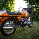 BMW R90S - 1975 - Seat, Grab Rail, Shock Absorbers and Rear Drive.