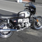 BMW R90S - 1976 - Exhausts, Mufflers, Side Panel, Tank and Seat.