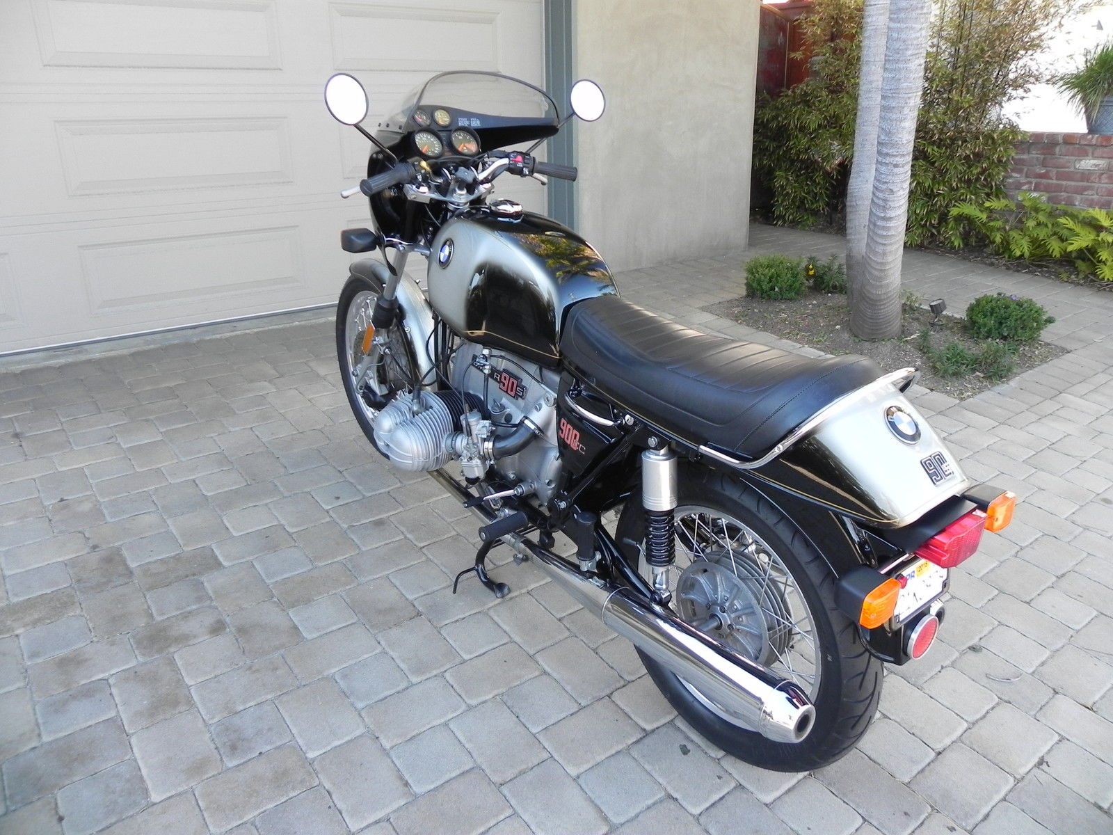 Restored Bmw R90s 1976 Photographs At Classic Bikes