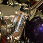 Harley-Davidson FLH Shovelhead - 1972 - Headlight, Forks, Spot Light and Handlebars.