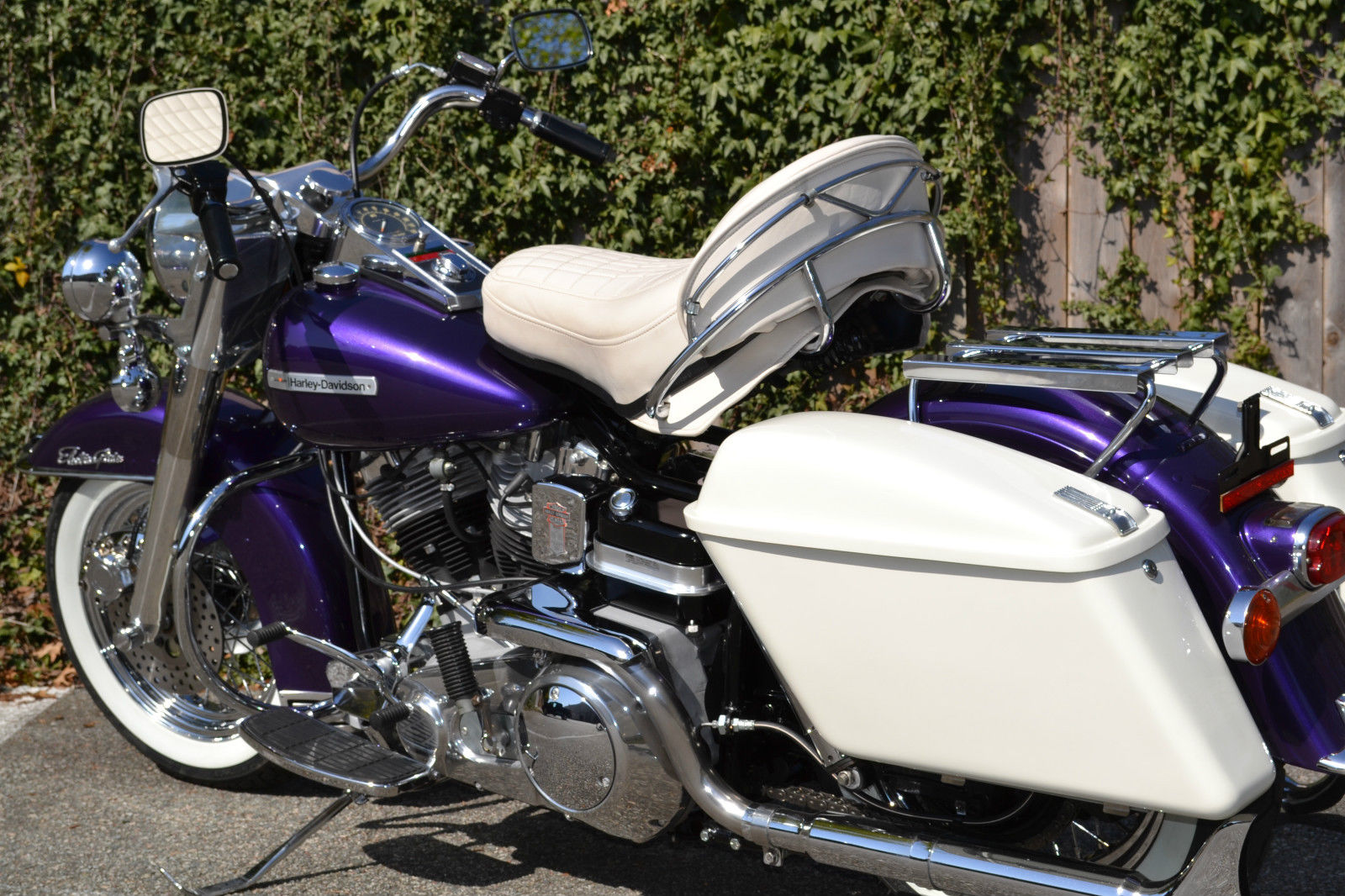 Restored Harley-Davidson FLH Shovelhead - 1972 Photographs