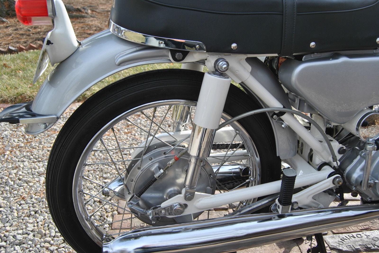 Honda CB160 Sport - 1969 - Rear Suspension, Rear Wheel and Exhaust.