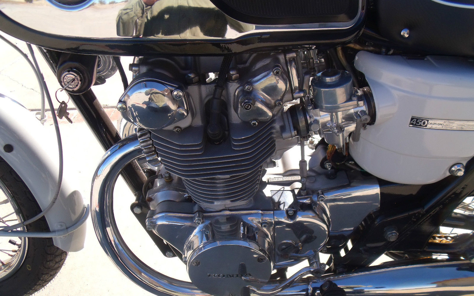 Honda CB450 Black Bomber - 1967 - Engine and Gearbox, Engine Cases and Gear Change.