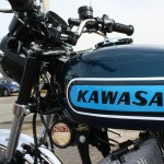 Kawasaki S3 400 - 1974 - Petrol Tank, Kawasaki Decal, Frame and Forks.